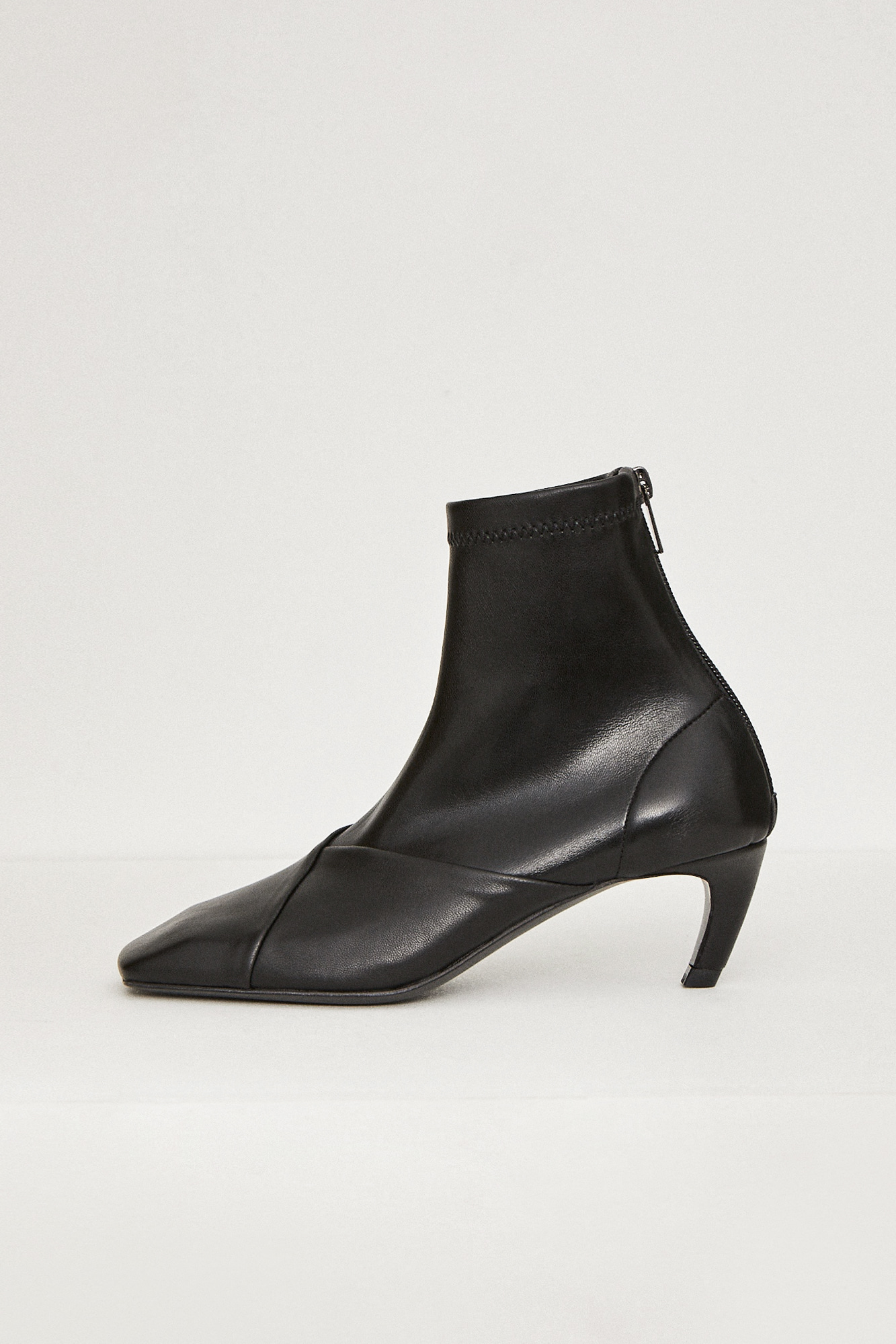 19FW SQUARE BOOTS - BLACK