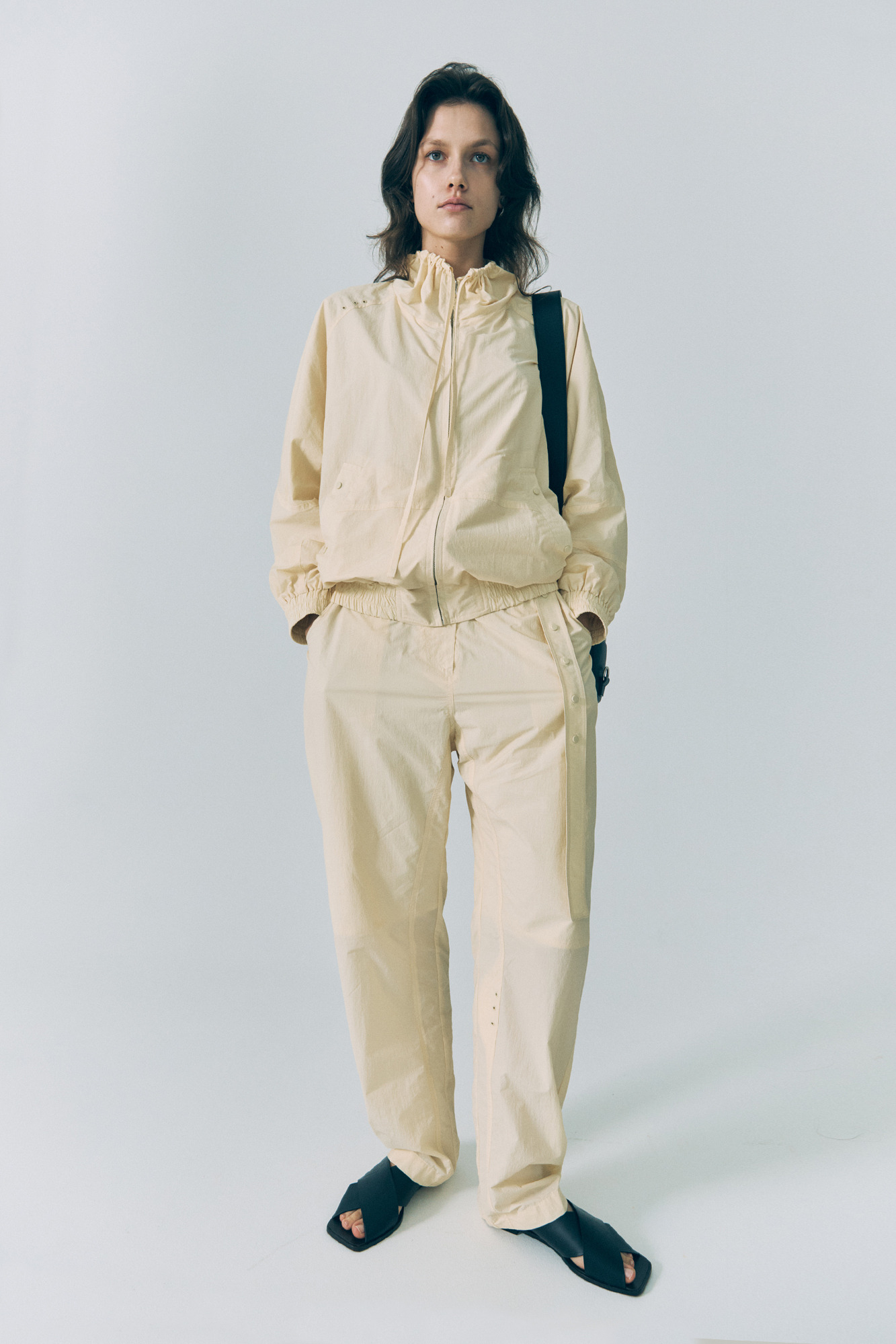20SS SHIRRING NECK JACKET - BEIGE
