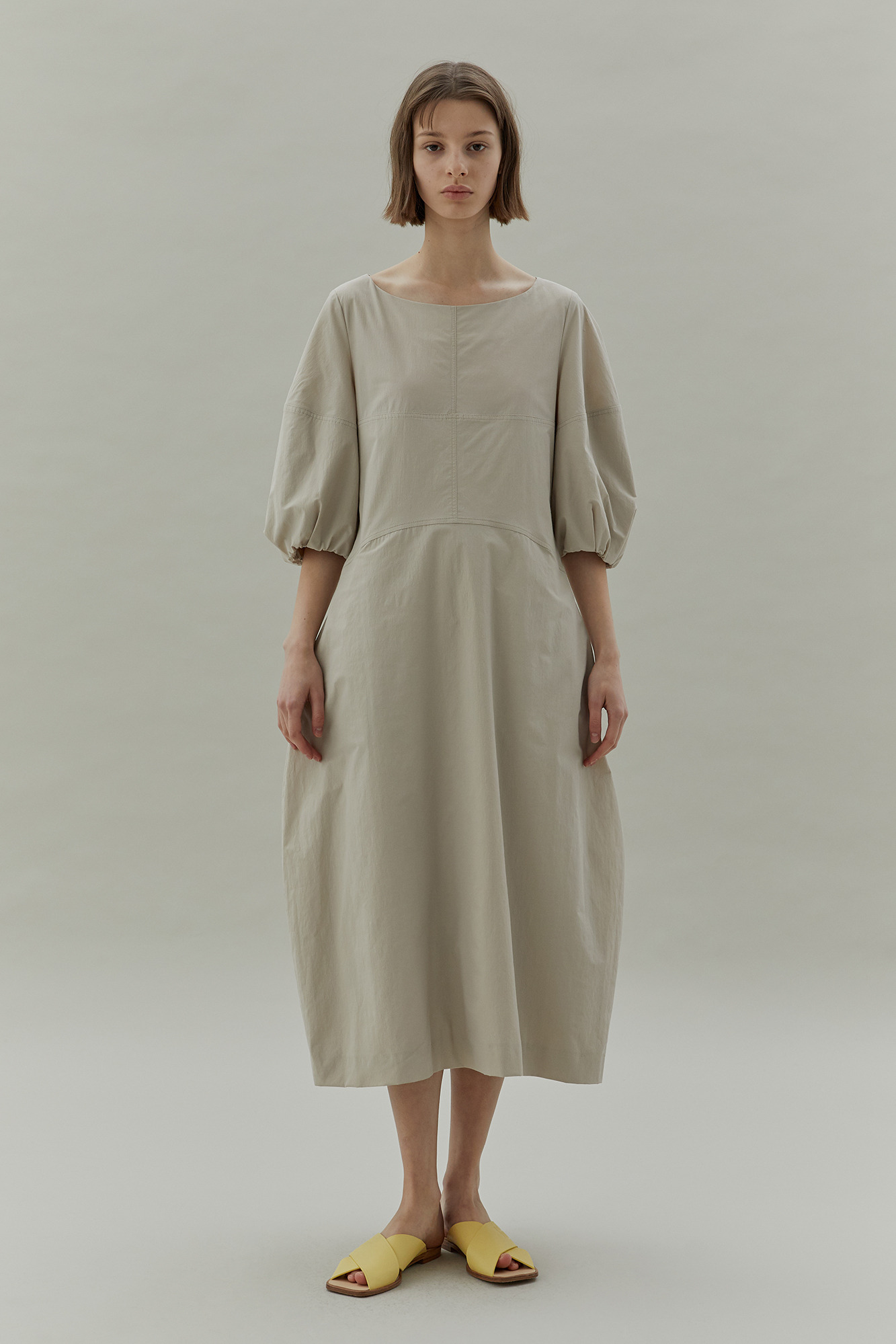 [3/6 예약배송] 20SS VOLUME SLEEVE DRESS - BEIGE