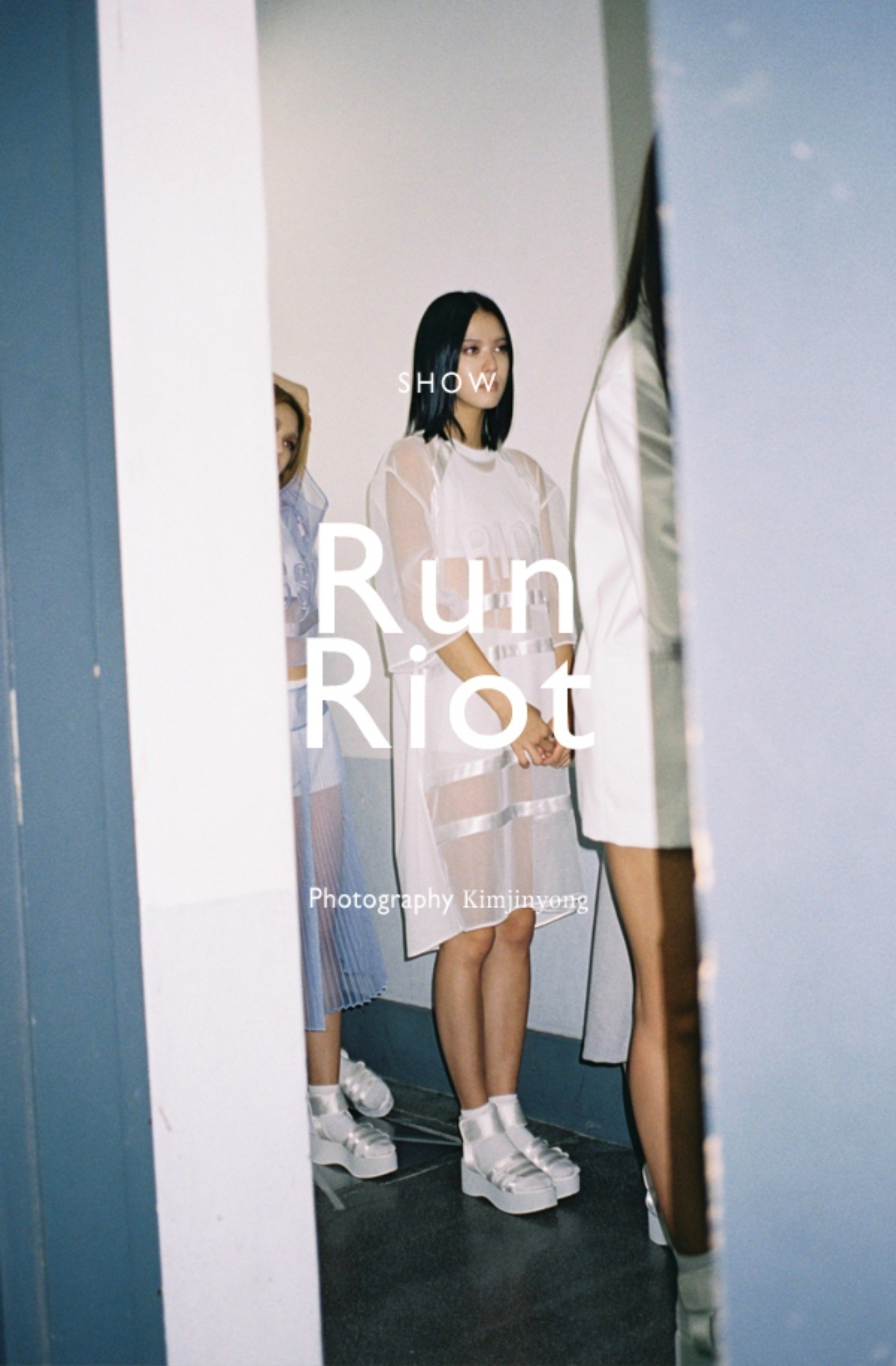 14SS Collection LOW CLASSIC 'Run Riot'